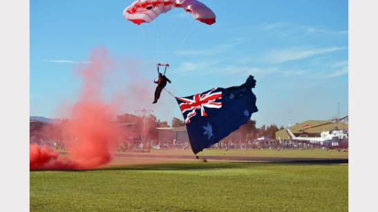 he Red Berets landed on Lindner Oval on Thursday August 28th, 2014. This was the highlight of the Paint The Town REaD reading promotions for that year and drew a large crowd to Lindner Oval. Source: Parkes Champion Post August 22, 2014