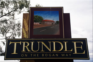 Sign welcoming visitors to Trundle. Source: Parkes NSW website