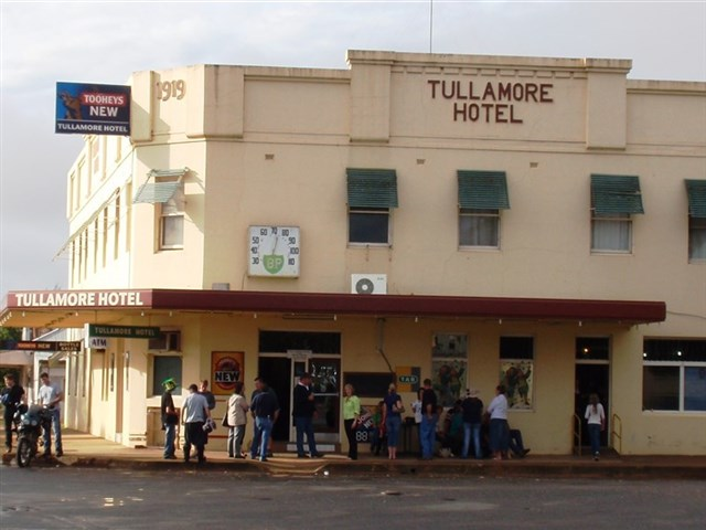 "The current Tullamore Hotel, which George Tully built and originally called it ""Tullie's Exchange Hotel"". George Tully was from Tullamore, Ireland and was one of the people who had influence on the name change from Bullock Creek to Tullamore. Source: VisitNSW website"