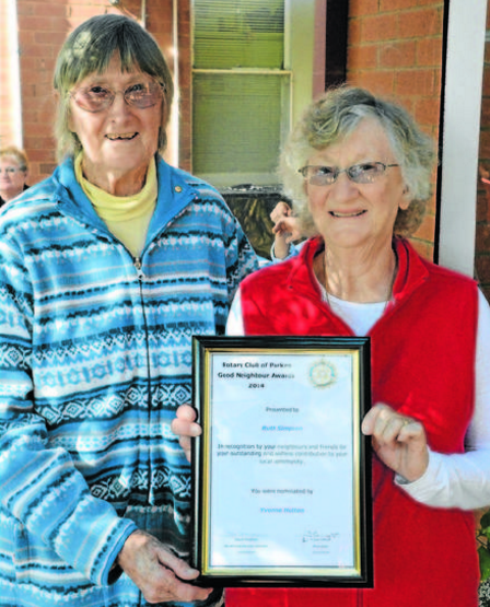 Yvonne Hutton (left) nominated Ruth Simpson (right) as her Good Neighbour. Source: Parkes Champion Post 18 May 2014
