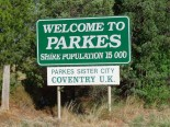 One of several signs welcoming the many visitors to Parkes Shire. Source: Tamsin Slater https://www.flickr.com/photos/offchurch-tam/3454709287/in/pool-coventry-twin-cities/ used by permission with Creative Commons