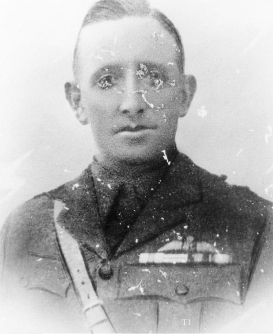 Photograph of Captain Gordon Campbell Wilson, in Australian Flying Corps uniform. Source: Newcastle City Council Regional Museum Database http://collections.ncc.nsw.gov.au/keemu/objects/common/webmedia.php?irn=52145&reftable=ecatalogue&refirn=48516