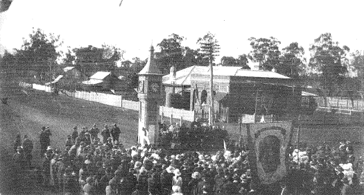 Photograph of the unveiling of the war memorial on September 9, 1922. Source: Gateway to the Bogan (1973) page 71